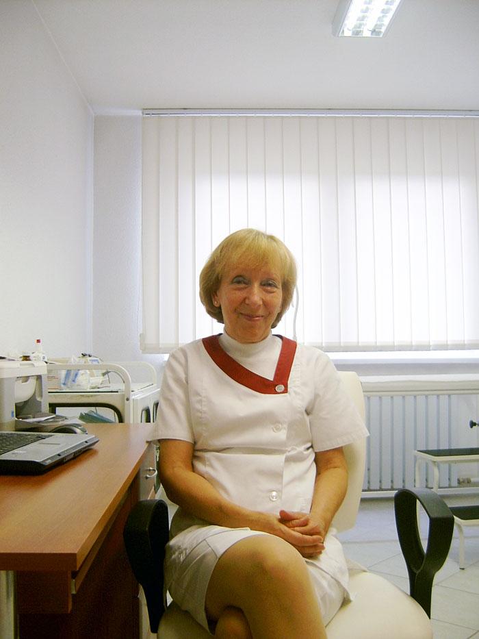 Dr. Kalán Júlia